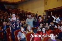 В год 100-летия историческое здание школы №1 города Кызыла стало ценным объектом культурного наследия Тувы