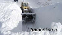 В Туве в связи с продолжающимися обильными снегопадами введена ЧС межмуниципального характера