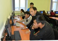 Студенты и волонтеры приступили к переводу русско-тувинского словаря в электронную версию