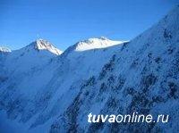 В районах кузнецкого Алатау, Западного и Восточного Саян лавиноопасно
