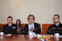 Журналисты Тувы: Жильцам нужна помощь мэрии в общении с УК