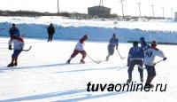 В Чадане состоялся турнир по хоккею с мячом среди ветеранов