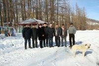 Депутаты Верховного Хурала подарили сельчанам праздничный концерт