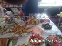 В Кызыле проведена ярмарка-выставка «Предпринимательский завтрак»