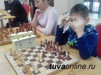 В Кызыле впервые проведен Открытый шахматный турнир, посвященный Дню местного самоуправления