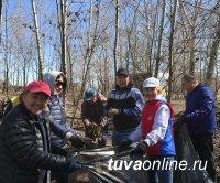 Молодежный сквер Кызыла: Больше зеленых насаждений! Зона отдыха без алкоголя!
