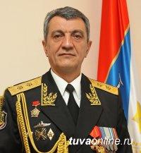 Полпред Президента Сергей Меняйло поздравил сибиряков с Днем Победы