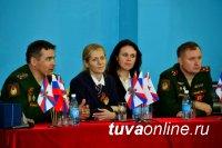 Звезды ЦСКА, находясь в Туве, традиционно встретились с юными спортсменами