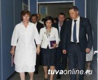 В Туве с рабочим визитом побывал глава Росздравнадзора Михаил Мурашко