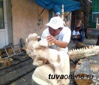 В Туве стартует конкурс по деревянной резьбе