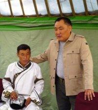 Глава Тувы встретился с молодыми животноводами Дзун-Хемчикского района