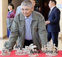 В Туве объявлен конкурс среди камнерезов