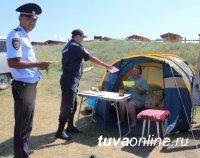 На озере Дус-Холь сотрудники полиции провели акцию по профилактике краж чужого имущества