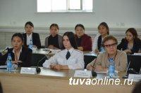 Глава Тувы продолжает поиск среди выпускников-краснодипломников эффективных управленцев