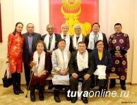 На звание Почетного гражданина Кызыла претендуют ученый Монгуш Байыр-оол и учитель Валентина Домур-оол