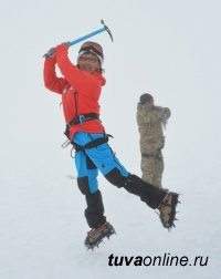 """Сегодня """"Снежный барс"""" Марианна Кыргыс  расскажет о восхождении на Эверест"""