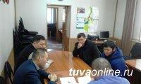 Кызыл: Депутаты фракции «Единая Россия» ежедневно ведут прием граждан