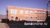 В селе Ийи-Тал Улуг-Хемского района строится новая школа взамен старой 1941 года постройки