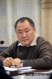 Глава Тувы открывает дорогу молодым специалистам к управлению республикой