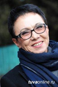 Лариса Шойгу поздравила женщин Тувы с праздником 8 марта