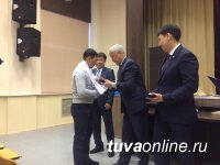 Спикер парламента Тувы Кан-оол Даваа встретился с тувинскими студентами в Иркутске