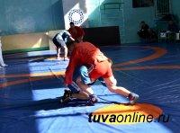 Команда УФСИН заняла первое место в соревнованиях по самбо правоохранительных структур Тувы