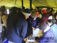 Республиканский добровольческий штаб в Каа-Хеме продолжает работу по помощи пострадавшим от подтопления
