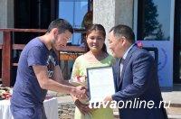 В Туве в этом году 244 молодые семьи получили господдержку на строительство и приобретение жилья