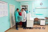 Глава Тувы проинспектировал центральную районную больницу Кызылского района
