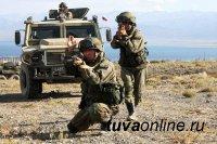 Тувинские мотострелки уничтожили условных боевиков ого противника в горном ущелье