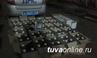 На посту Ак пресечен ввоз в Туву 339 бутылок нелегальной водки