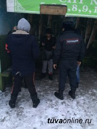 Кызыл: В ходе рейдов ДНД задержаны 4 человека, распивающие алкоголь в люках теплотрасс