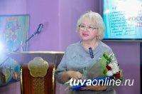Глава Тувы стал членом Союзом журналистов России