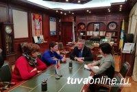Глава Калмыкии исполнит желание тувинского волонтера, студента Элистинского политехнического колледжа