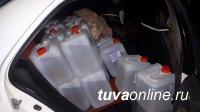 В Барун-Хемчикском районе на посту «Ак» в очередной раз пресечена попытка незаконного провоза спиртосодержащей жидкости