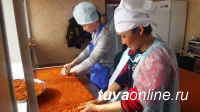 Цех в приграничном Эрзинском кожууне (Тува) производит около 100 банок облепихового варенья в день