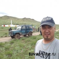 Евгений и Анай-Хаак Сарыглар. Особенности тувинского турбизнеса