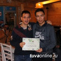 17-летний Чингис Допчун-оол приглашен на футбольную стажировку в Италию скаутом Алексом Великих