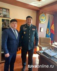 В Кызыле в международных соревнованиях по спортивной борьбе на Кубок министра обороны будут участвовать борцы из Монголии