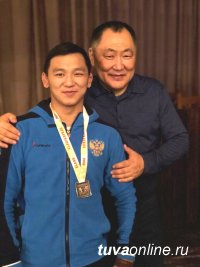 Начын Куулар в составе сборной России выступит на Чемпионате Европы по спортивной борьбе