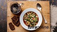 Российские врачи-диетологи назвали самые полезные и вредные супы