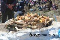 В Туве в 7-й раз освятили буддийскую нишу в Чаа-Хольском кожууне