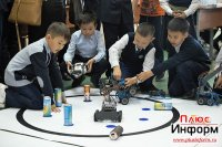 Тува: Гонщик или борец сумо – чей робот оказался круче?
