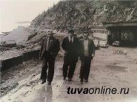 Один из руководителей Тувы в 1970-80-х годах Григорий Долгополов издал книгу «Тува: время, события, люди»
