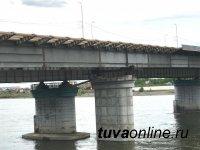 Кызыл: С 10 июня по 15 июля движение по Коммунальному мосту ночью будет ограничено