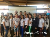 На озере Дус-Холь организована образовательная смена для учащихся Аграрной школы-интерната с. Ийи-Тал