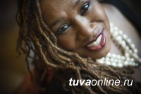 Королева джаза Дениз Кинг приедет в Туву на XX Международный фестиваль музыки и веры «Устуу-Хурээ»