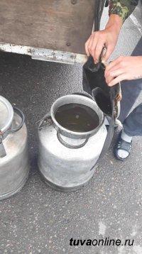 Тува: Инспекторами ДПС пресечен незаконный провоз соленой воды озера Дус-Холь