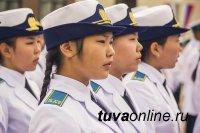 В набираемую группу из 20 девочек-кадетов Кызылского президентского кадетского училища заявилось 212 претенденток!