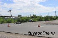 В Кызыле при столкновении с автомашиной погиб мотоциклист